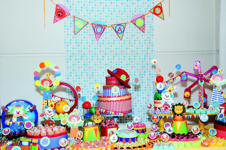 O encanto pela dupla Patati Patatá transformou essa festa de um menino de 2 aninhos em um grande circo!!