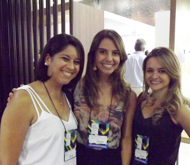 Fabiana, Larissa e eu!! Amigas e designers!!!