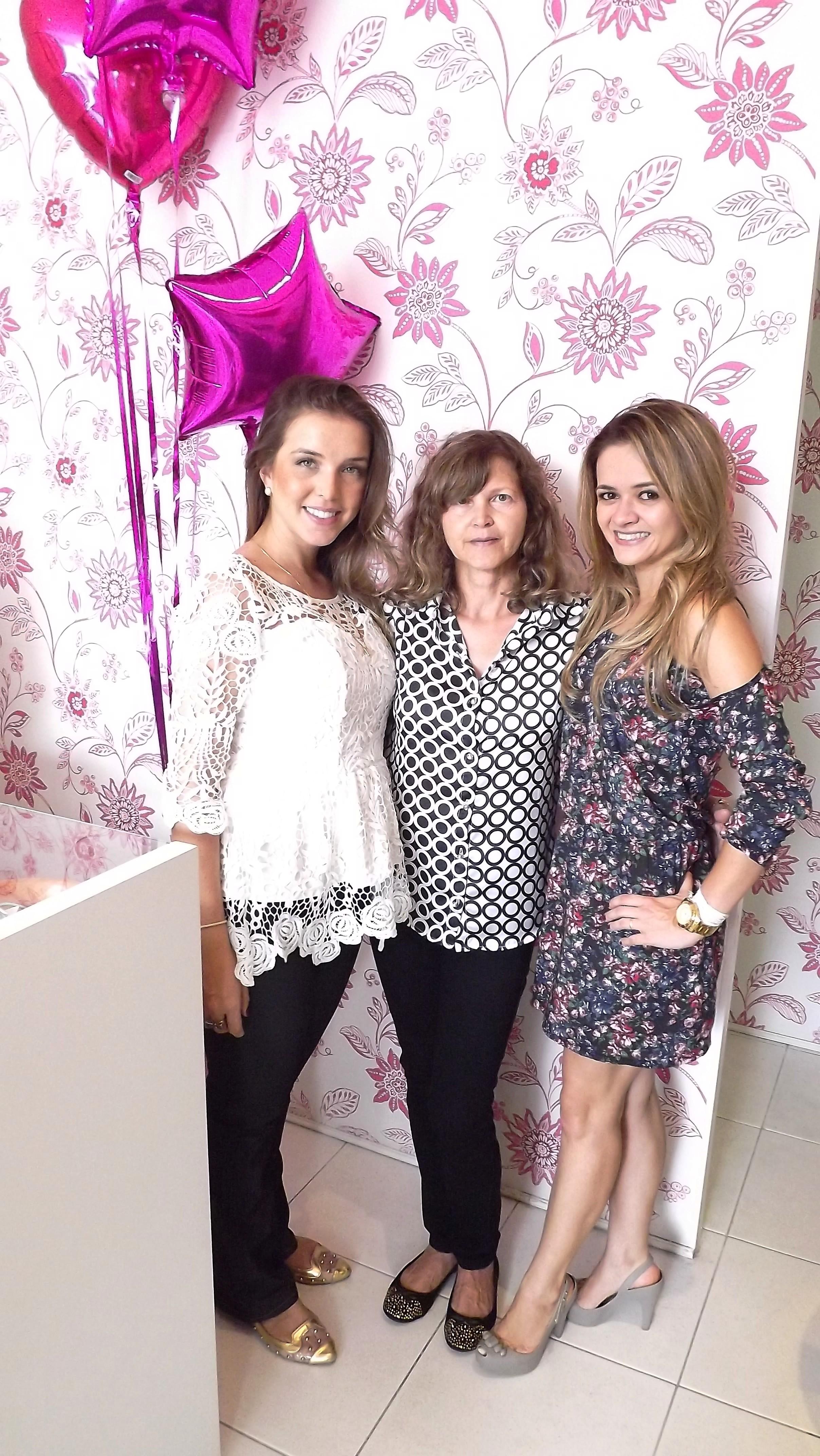 Mari, Maria Inez (minha mamãe))e eu!!!