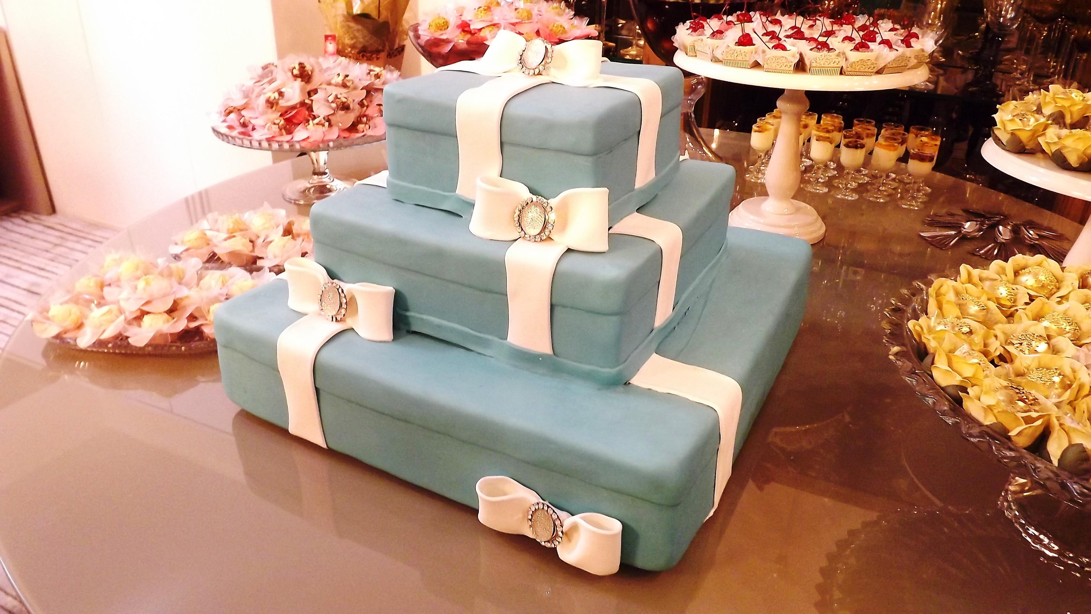 detalhes do bolo estação dos doces