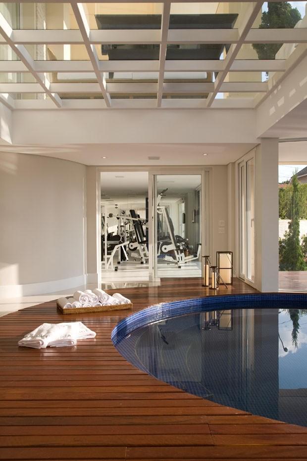 deck-spa-academia