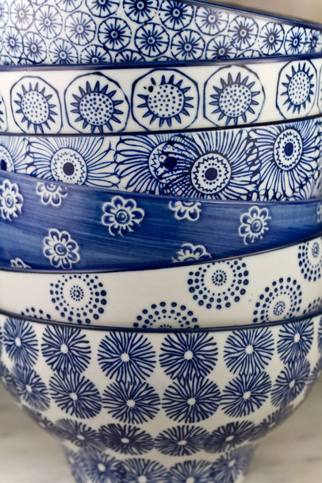 O azul nos detalhes das cerâmicas!!