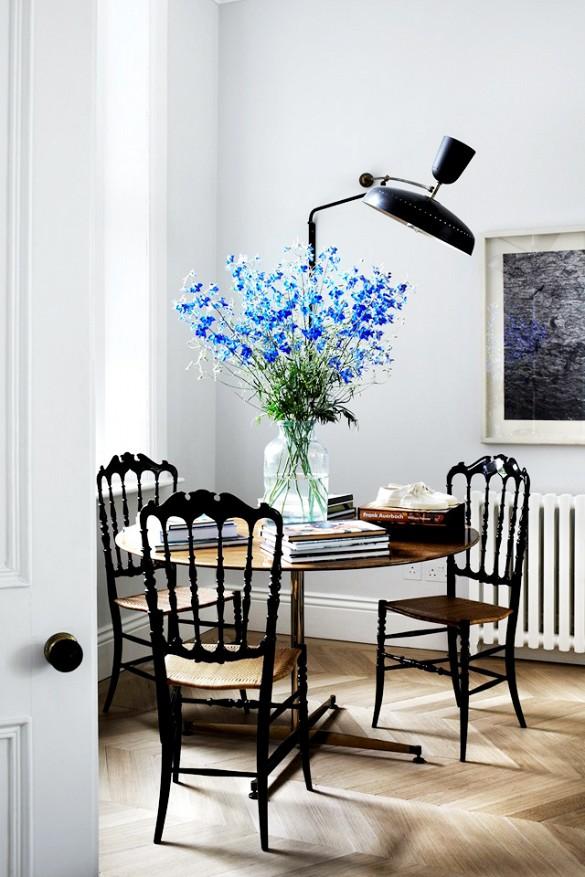 Cadeiras antigas podem ser restauradas e compor ambientes modernos ou clássicos!!!